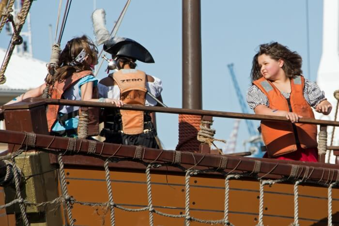 Jolly Roger Pirate Show