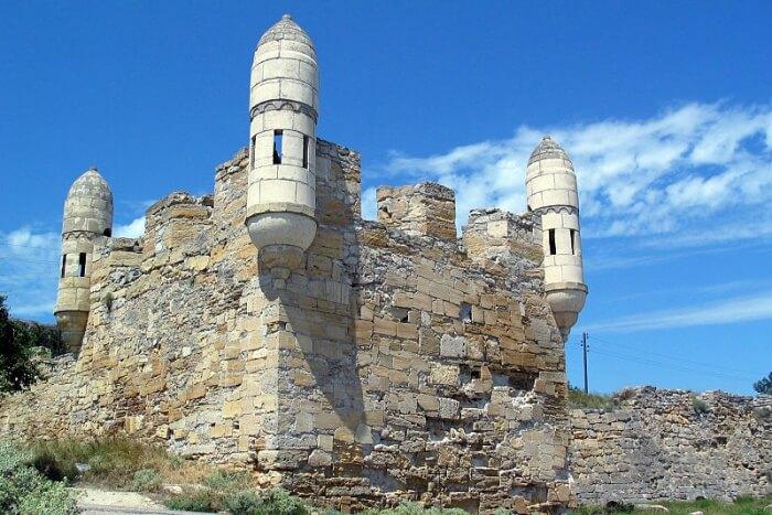 Kerch Fortress, Kerch Strait