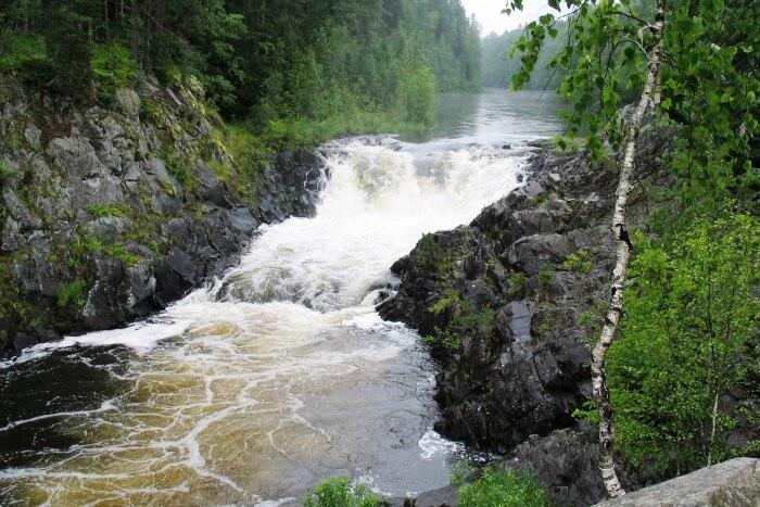 Kivach waterfalls