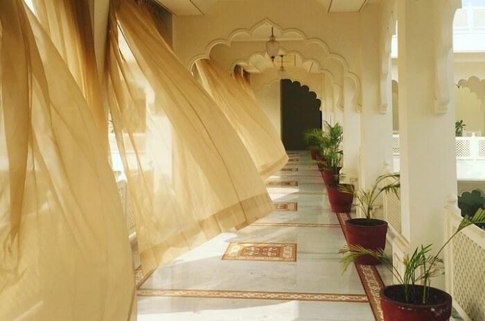 La Paz Resort Halong