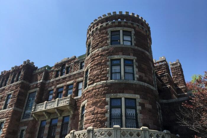 Lamberts Castle (Belle Vista)