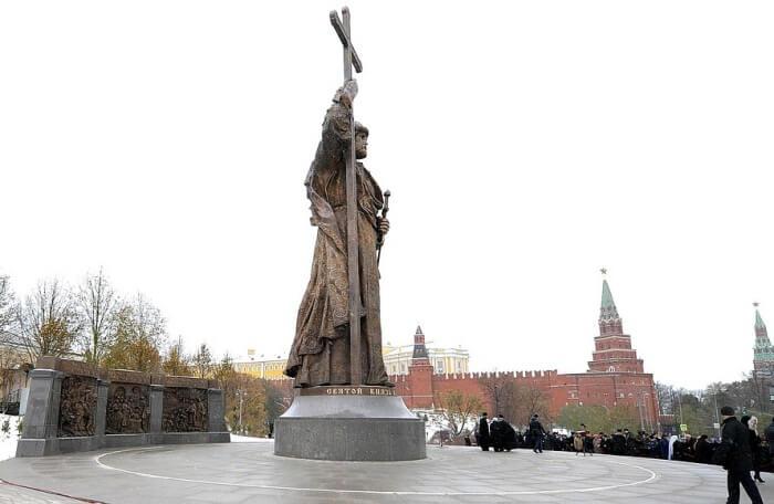 Moscow city walks