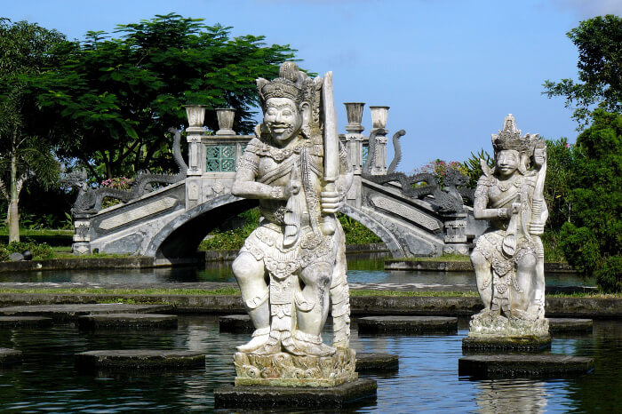 Opening Hours And Entrance Fee At Ujung Water Palace