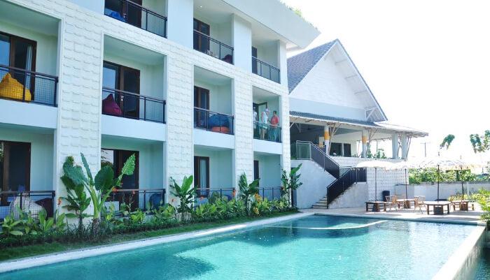Padang-padang Inn in Uluwatu