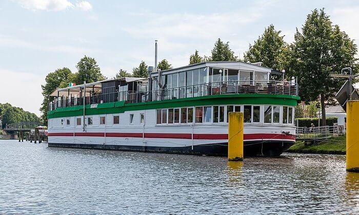 riverboat Restaurant