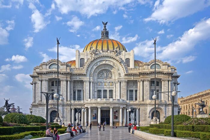 The Palacio de Bellas Artes