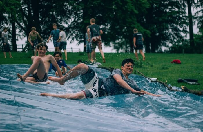 Toby Zoo Super Pool