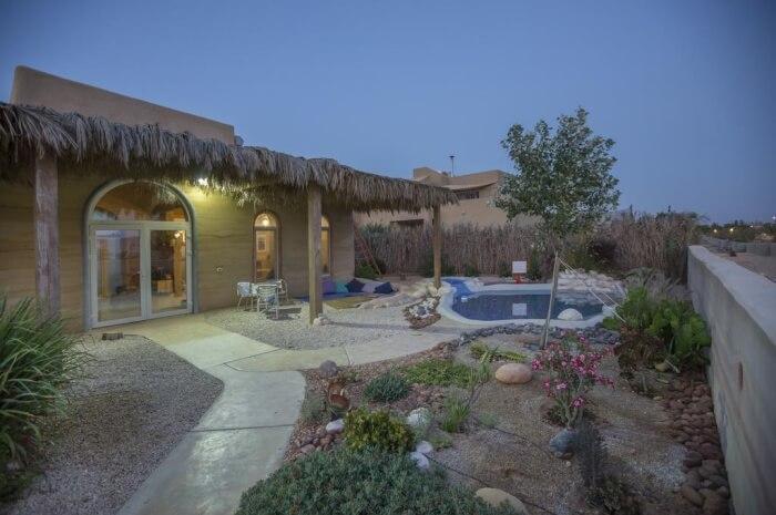 Villa Adama – Eco-friendly villa in the middle of a desert