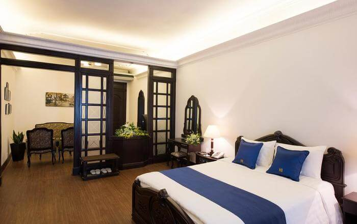 luxurious and comfortable hotel