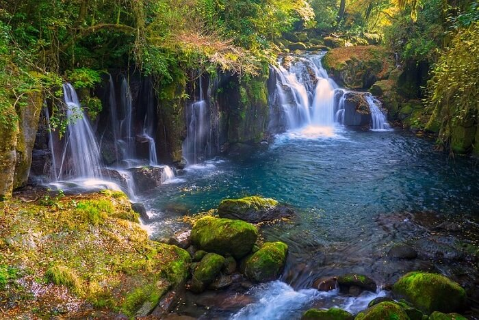 10 Pretty Waterfalls In Japan That'll Leave You In A Trance