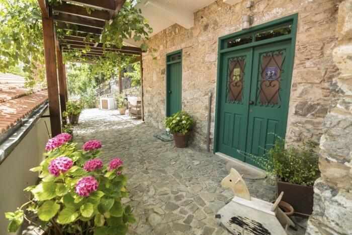 Anastous Traditional House