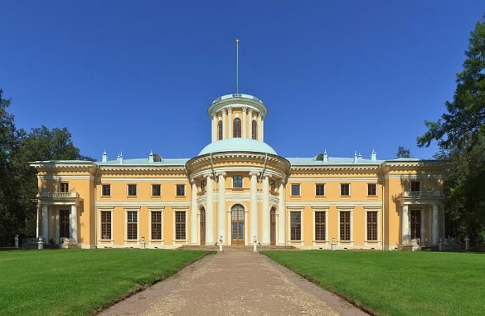 Arkhangelskoye Estate view