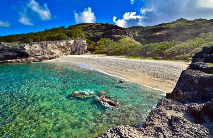Best Time To Visit Trou d'Argent Beach