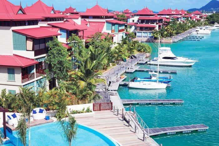 Eden Island Hotel