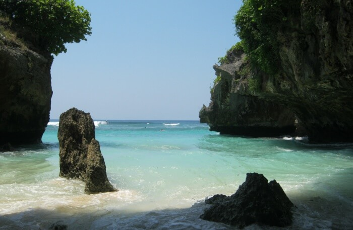 Enjoy A Trip Around Suluban Beach