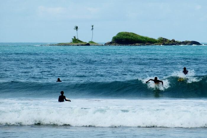 Enjoy-Surfing