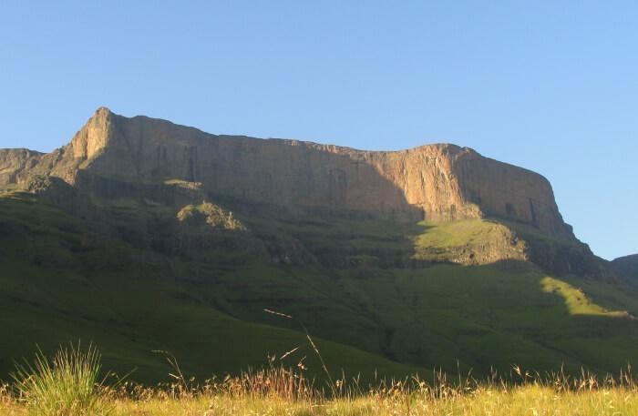 Giant's Castle Mountain
