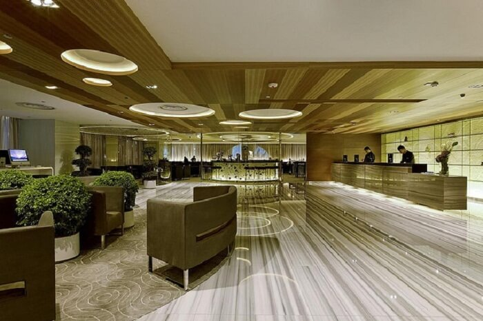 Hotel_lobby_nnrk