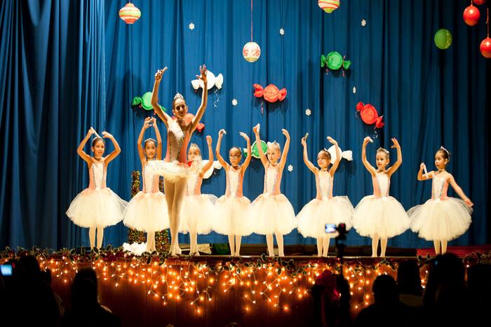 Dancing on stage program