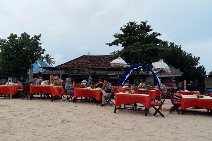 Jimbaran Seafood Cafes