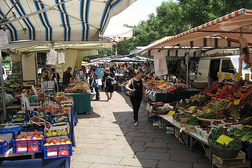 Monti Open Air Market
