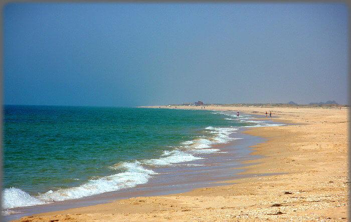 Sandy Beach side