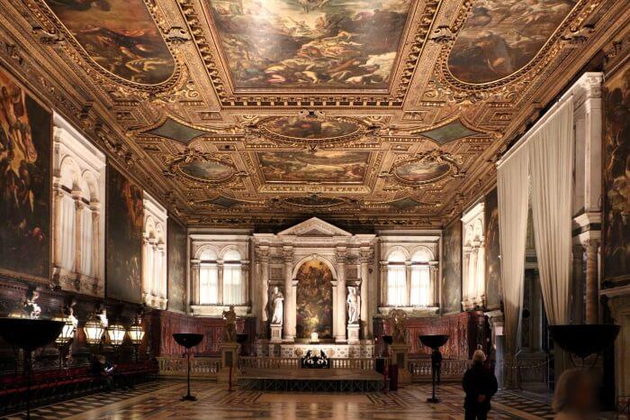 Scuola Grande di San Rocco- Admire eminent artwork