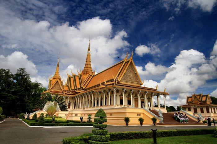 The Royal Palace And Silver Pagoda