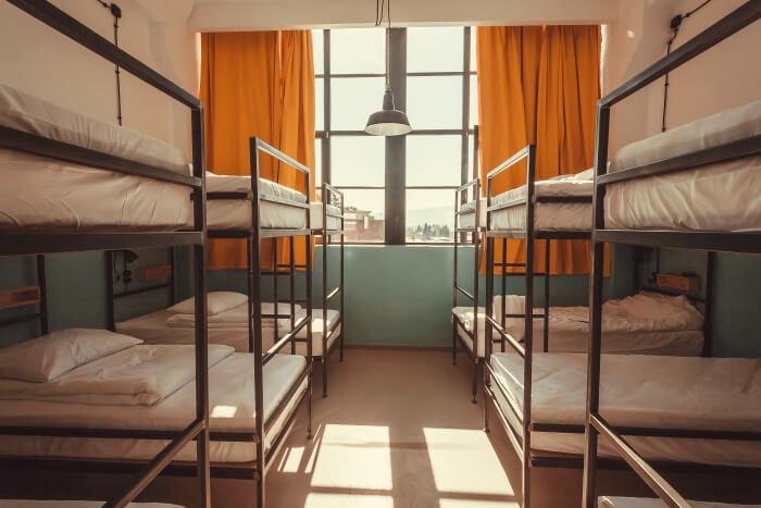 hostels in hue