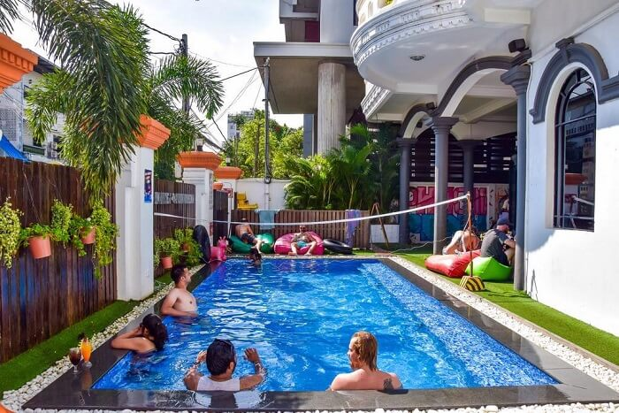 hostels in phnom penh cover img