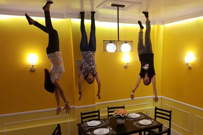 Upside down house museum