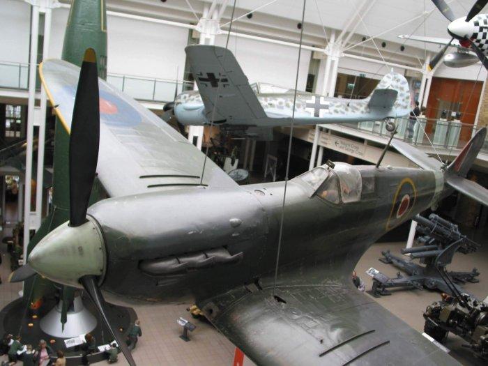 War museum and art gallery
