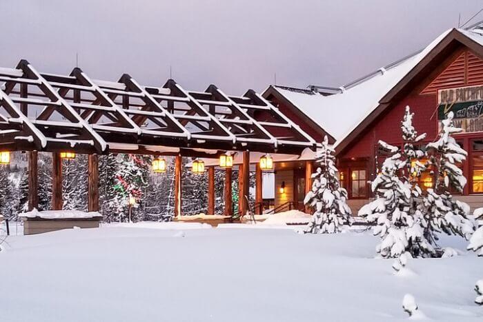 Alpenglow Lodge