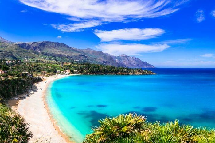 Beaches Near Naples