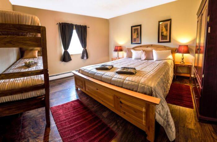 Bent Prop Inn And Hostel Alaska