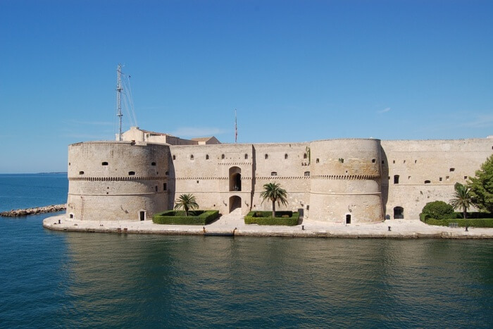 Castles of Puglia Tour