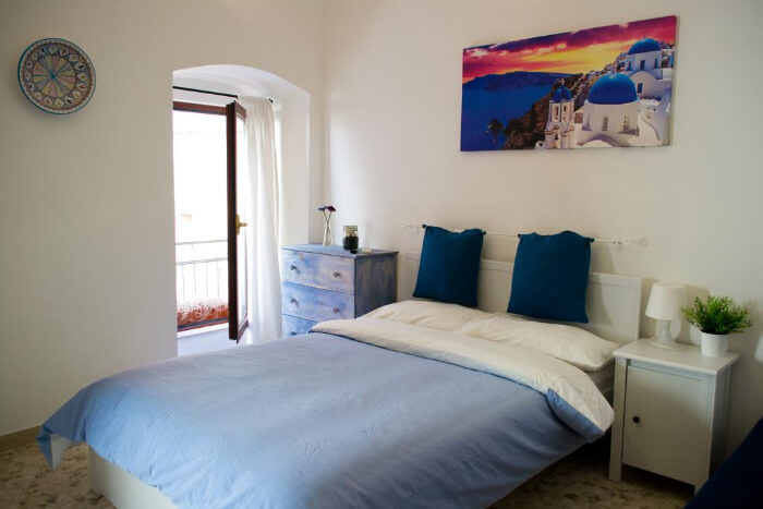 A hostel room in Bari