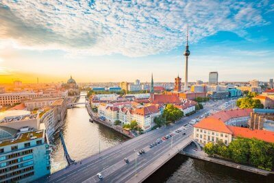 Berlin VS Munich : Location, Geography, And Weather