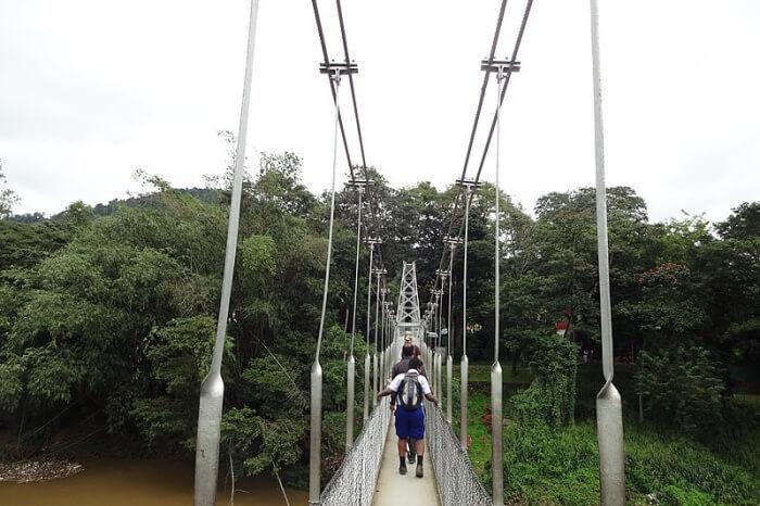 Cruising through Mahaweli river