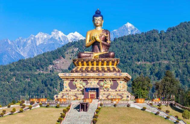 Gautama_Buddha_statue