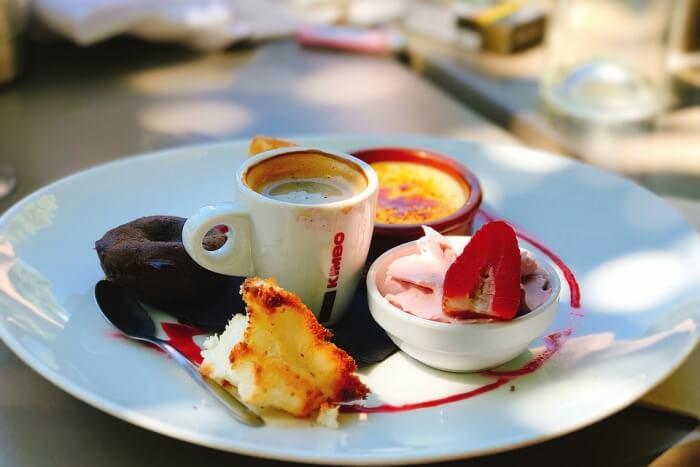 Go to a dessert café