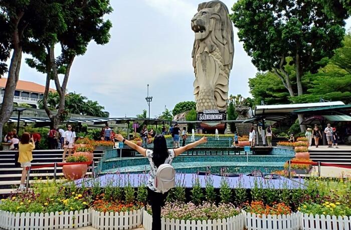 Merlion Statue