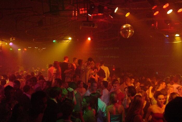 Kiss Club