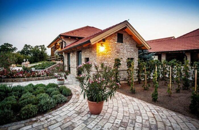 Kokeny es Fia Family Winery