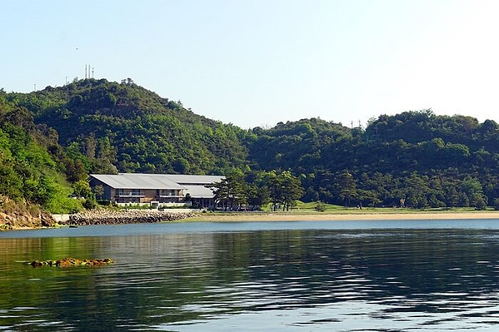 lake view in Naoshima