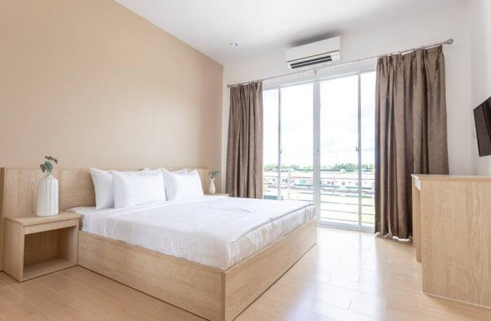 O2 Hostel Lopburi