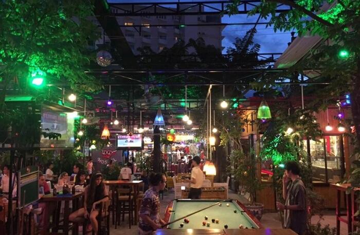 Paradise Bar Restaurant