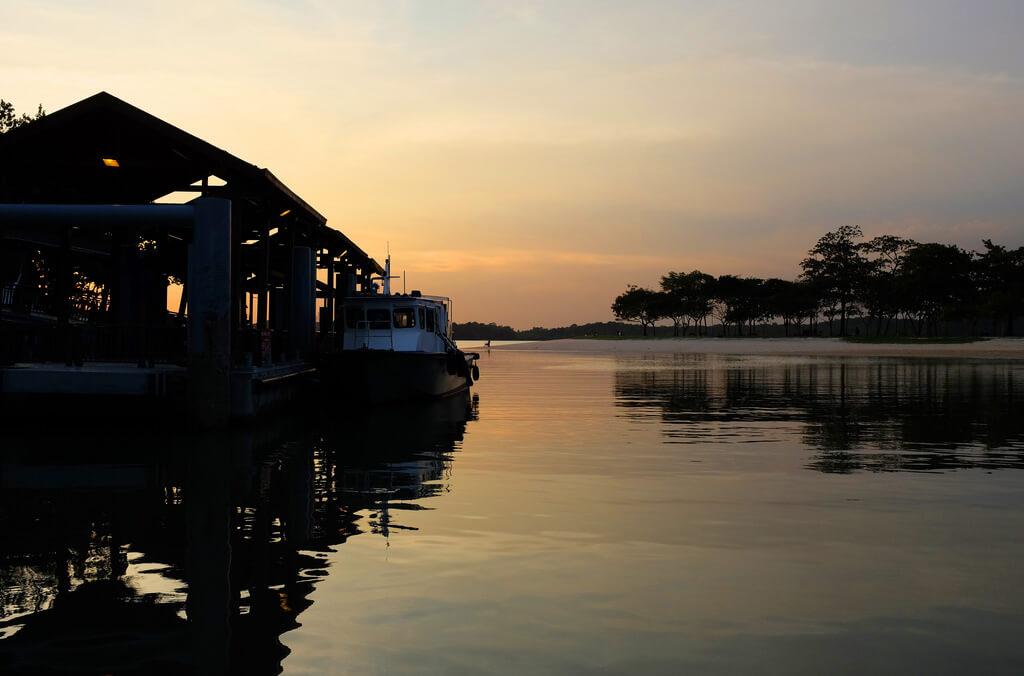 Pasir Ris: Visit Pulau Ubin