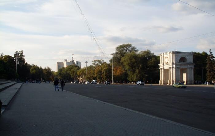 Piața Marii Adunări Naționale