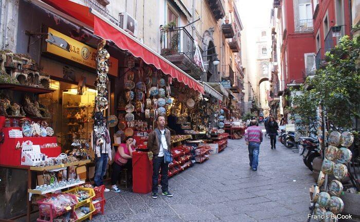 San Gregorio Armeno Market